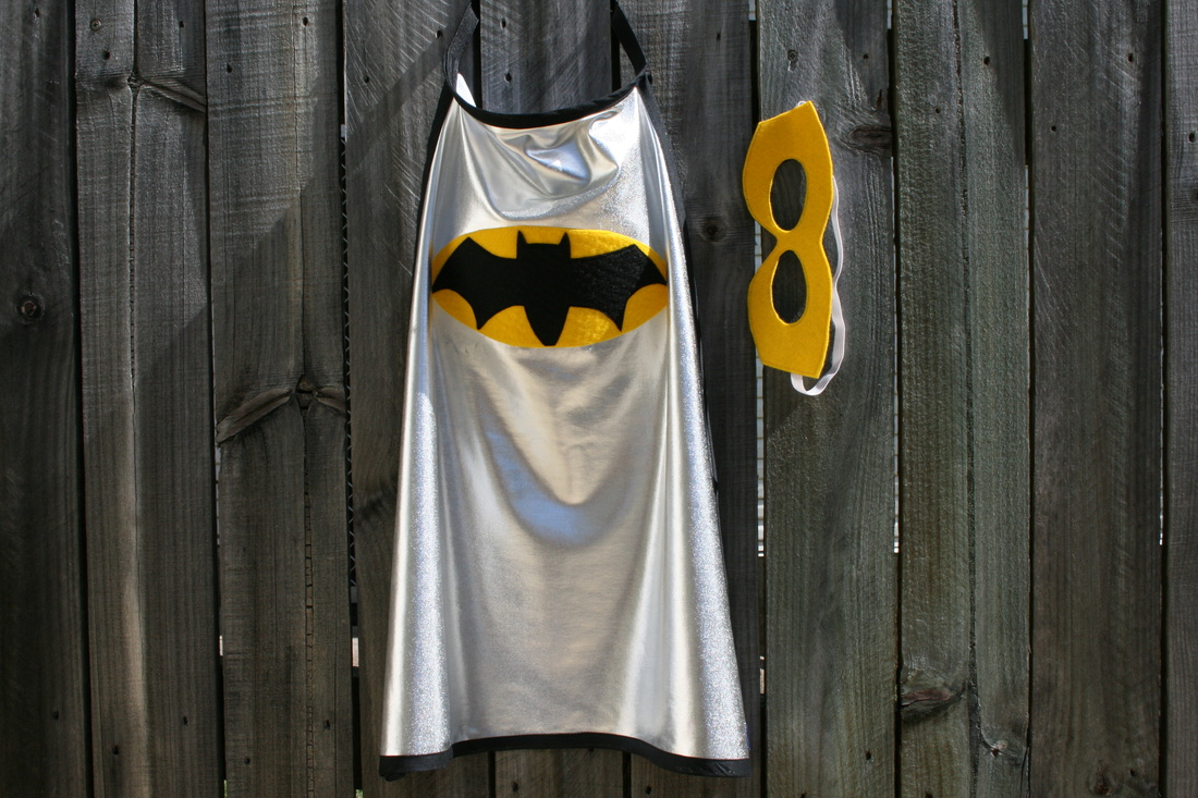 Noisy Kids Bat Cape with Yellow Mask for children